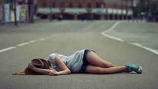 日本人「女子中学生が倒れとる 写真撮ったろ!」中国人「ヒエッ…助けなアカン」