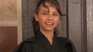 【13歳の天使】かつてお前らを虜にしたイラン人ハーフ美少女の現在<動画像>メイドインJAPANのリナ・カーフィサデーちゃん青年マンガ誌に初登場