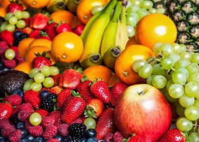 フルーツしか食べない男性、とんでもない腸内環境になる