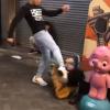 【死ぬぞ?】最近のオラついたガキの喧嘩がエグい<GIfと動画>大阪の路上で若者同士がケンカ