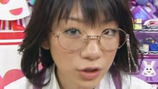 【元祖メガネっ娘】時東ぁみがここまで脱いでるって知ってんの →動画像