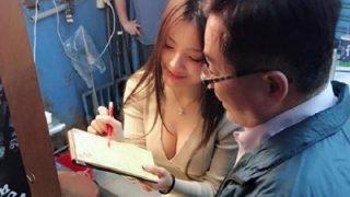 【いきタイ】アジアのエロ過ぎる屋台の女の子たち →動画像