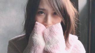 【画像】アイドルさんのノーパン握手会が凄いと話題に…AKB高橋朱里