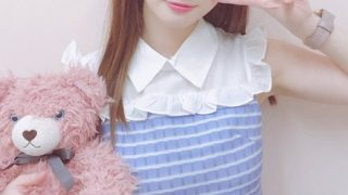 【土下座】Iカップ元アイドルさん『下乳』を武器に堂々ソフマップ →動画像
