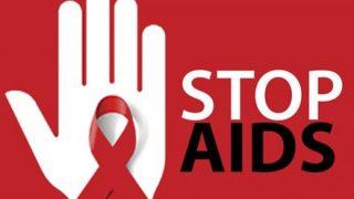 去年エイズで亡くなった人の数 ⇒