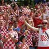 【支持率ビンビン】クロアチア大統領の水着姿 Hすぎるカラダが話題に ⇒画像