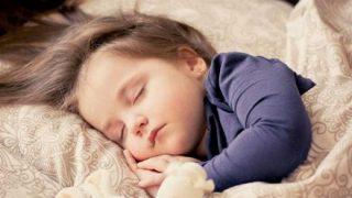 子供が眠り込んで起きなくなる「生存放棄症候群」がスウェーデンだけで発生