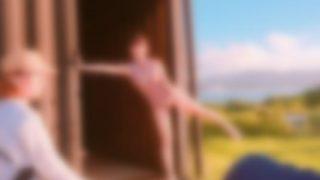 【画像】このグラドルが着てるスケベ水着 考えたやつ天才だろwwwww