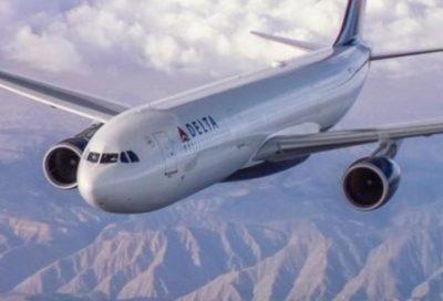 【動画流出】 客室乗務員がAV男優と「機内SEX」デルタ航空が声明を発表