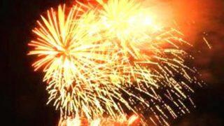 10人が火傷 花火大会での事故映像 花火の一部が客席に落下か…茨城・土浦市