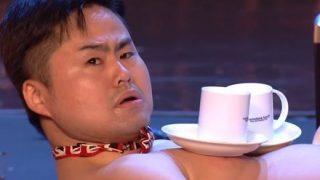 【大爆笑】日本のお笑い芸人がフランス国民を虜にした裸芸 →GIfと動画