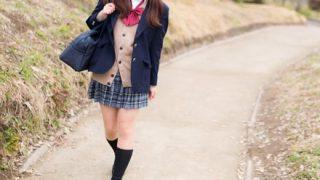 【事案】通学中の女子生徒が道路に倒れた男性に駆け寄ったところ・・・