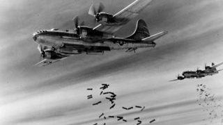 【画像】アメリカ軍が空襲前にばら撒いた警告ビラ