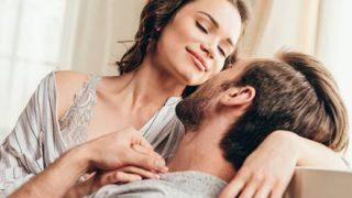 【実録】女のSEX告白 消音マフラーを口にくわえ大きなアクメ声を3割減少