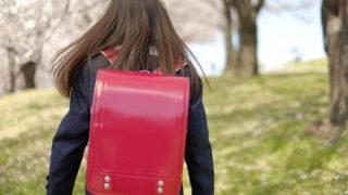 【悲報】女子小学生はスカートの下にタイツをはいてはならない。理不尽なブラック校則が話題に