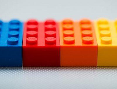 【動画像】右腕のない大学生が『レゴで作った義手』の最新版がハンパない件 ⇒