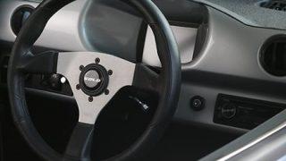 【朗報】170万円で買えるカッコイイ車キタ――(゚∀゚)――!!