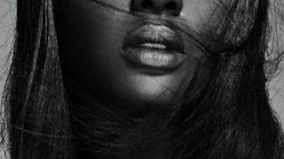 【画像】世界一美しい黒人女性、これもうダークエルフだろ・・・