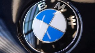 【朗報】BMWの新型7シリーズがカッコよすぎる。早速ポチッたわ →動画像
