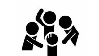 【いじめ】高校生の下着が脱がされる動画拡散…岐阜県立高の教室か