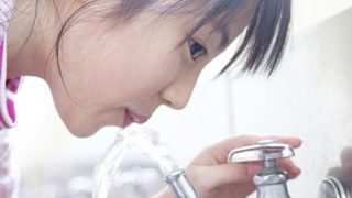 【悲報】日本の水道水、実は危険だったことが判明する…