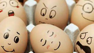 【実験】卵に「バカ」と「ありがとう」とそれぞれ書いて3週間放置した結果 →画像
