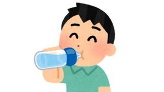 「飲みかけのペットボトル」あの飲み物の『菌の増え方』が凄まじいと話題