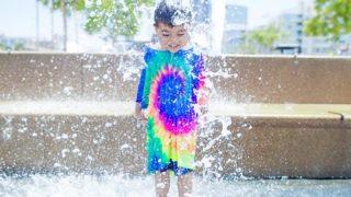 【注意】公園の噴水が子供のお尻を直撃した結果…