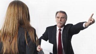 【悲劇】お金に困っていた顧客を見捨てられず…自費で2000円渡した銀行員を解雇 上司も解雇
