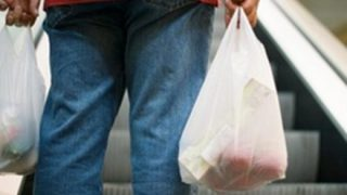 【画像】買い物ビニール袋が全面禁止のタイで国民総モノボケ始まる