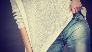 ◆オッパイに自信◆服の上から胸を強調させる動画がTikTokerで流行ってしまう →