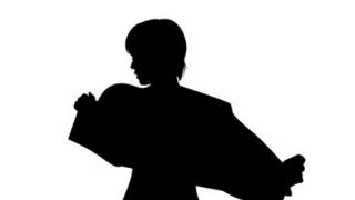 ◆美少女◆がカメラ目線でショートパンツ脱ぐだけの動画w