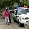 ◆中国クオリティ◆警官さん、子供ごと母親を地面に叩きつける衝撃映像