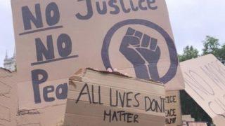 ◆動画アリ◆黒人男性、92歳の女性を突き飛ばして暴行罪で逮捕へ