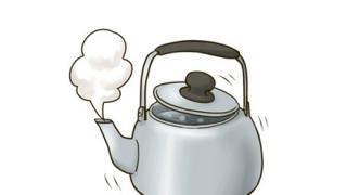 同じ水を何度も沸騰させると、酸素の構造が変化し、ヒ素や硝酸塩、フッ化物などが生じる
