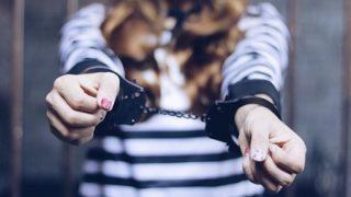 【画像】美人すぎる『女性犯罪者たち』がこちら →