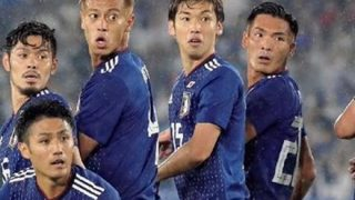◆アウトな奴◆国家斉唱中に女児の胸を揉んでたサッカー選手 →