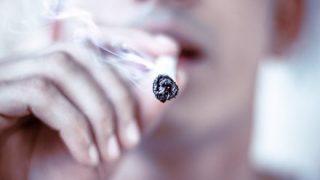 【悲報】喫煙者さん、これがダメだと言われる理由がわからない →