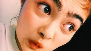 【画像】激太眉の井上咲楽さん 細眉毛にしたら超かわいくなってて草→