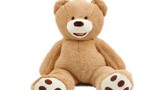 【悲報】ま~んさん、クマのぬいぐるみに嫉妬してしまう…