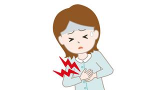【人生突然】料理配信中の主婦が『心臓発作で急死』する瞬間の映像【健康大事】